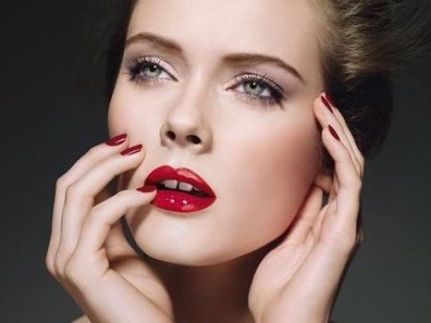 Chanel - Rossetto Rouge Allure