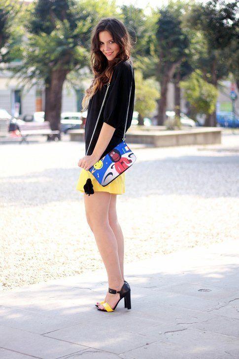 Eccola, indossata, la borsa Candy say!