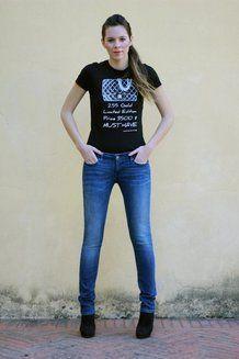 Vista frontale dei miei jeans Demi Curve