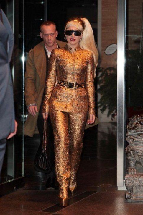 Gaga in oro