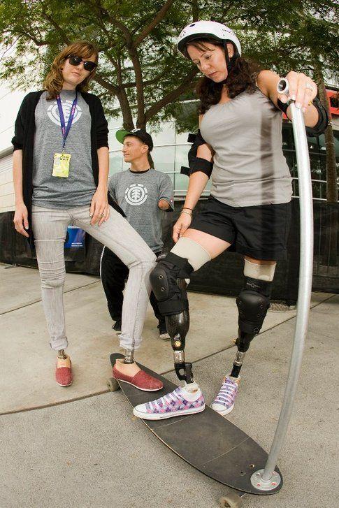Amy con altri atleti adaptive