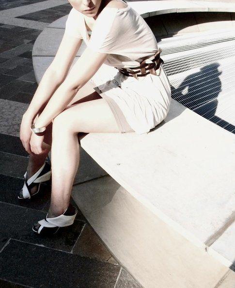 Alessandra Fatigati, Sandalo e cintura in nappa