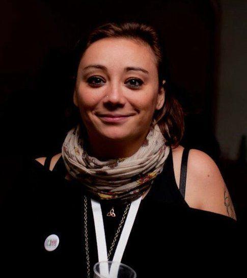 Simona Forti, Nhaima, jolly della redazione