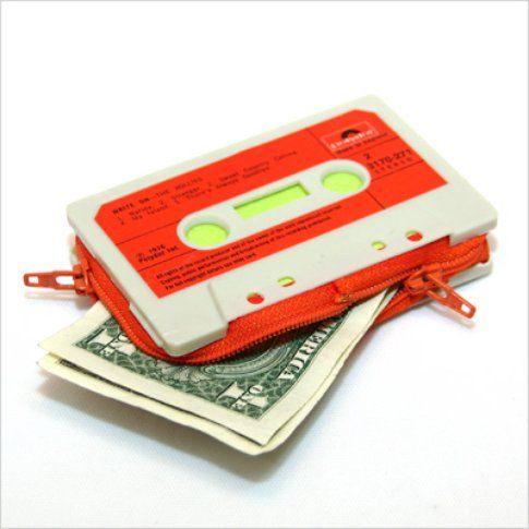Marcella Foschi, cassette wallets