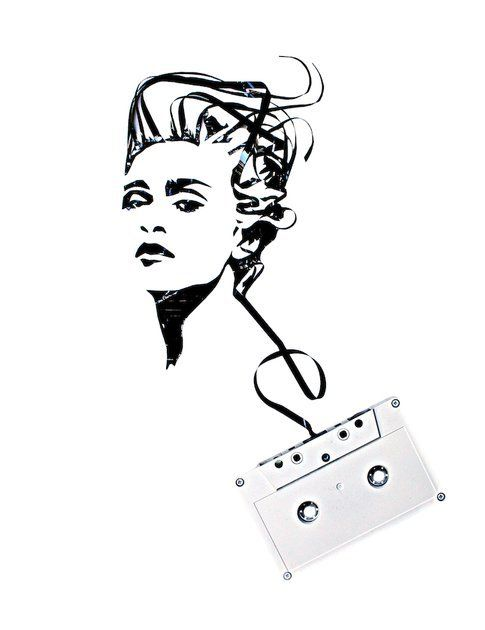 Erika Iris Simmons, Madonna (musicassette su tela)