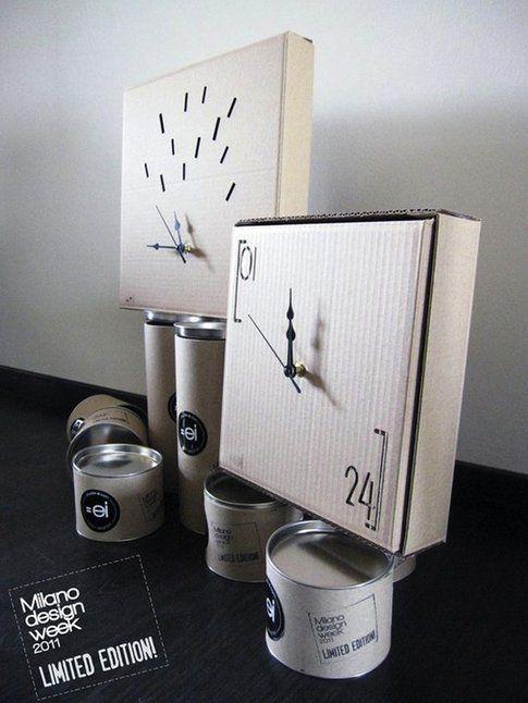 """""""Cartoclock"""", orologi in cartone ondulato tagliato al laser, limited edition Milano Design Week 2011, design di Studio double-ei"""