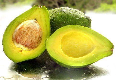 Maschera idratante all'avocado