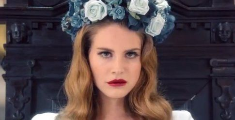 "Un'inquadratura di ""Born to die"""