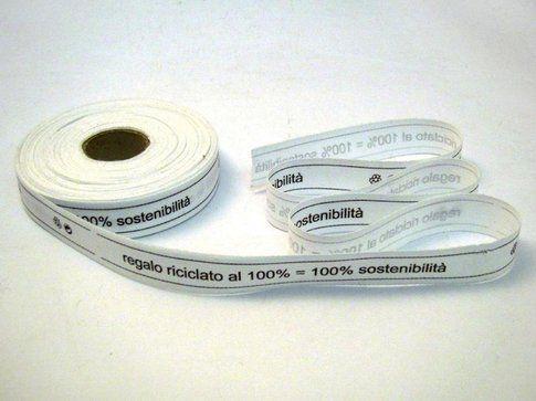 """""""100% regalo riciclato"""" di Lorenzo Damiani"""