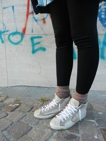 sneakers e calzini