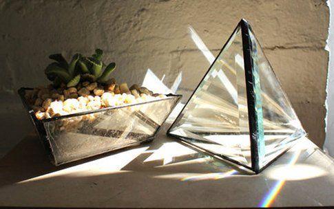 Halona Glass, prismi di vetro