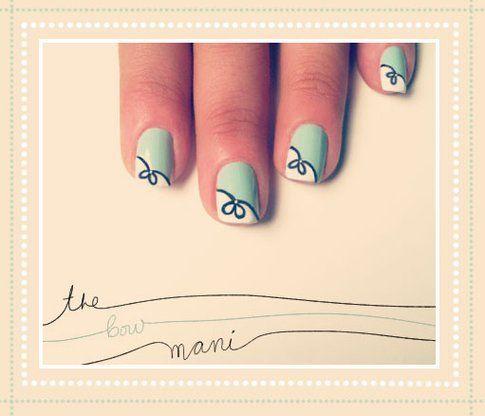 La nail art con fiocco decorativo