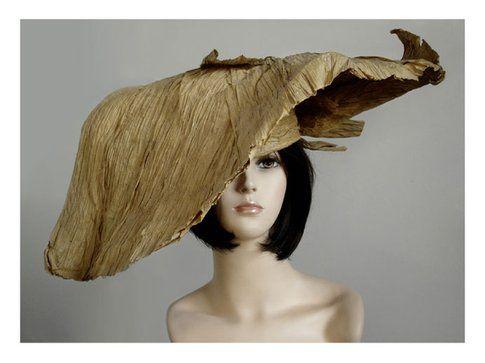 un cappello di plissè