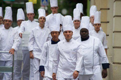 un'ondata di chef in arrivo, immagine tratta dal film