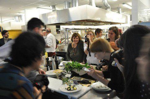 foto di lisa http://qbincucinaquantobasta.blogspot.it/ - foodblogger durante un evento