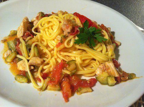 il piatto di linguine con il ragù di pesce spada