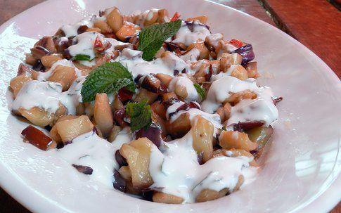 melanzane pronte con salsa allo yogurt