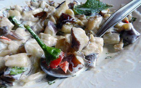 melanzane con salsa allo yogurt e menta piccante