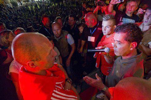 Robben e Shaquiri a Torbole, bagno di folla