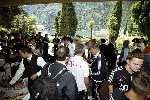 L'arrivo della squadra presso il bellissimo Lido Palace di Riva del Garda