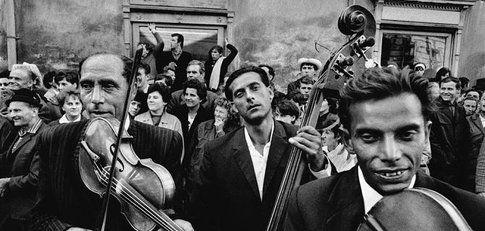 PAC di Milano, Zingari di Josef Koudelka