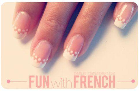 Nail art passo passo: french + decorazioni