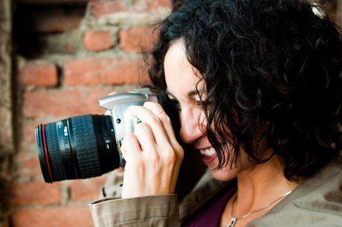 Enza fotografa (foto di Andrea Perotti)