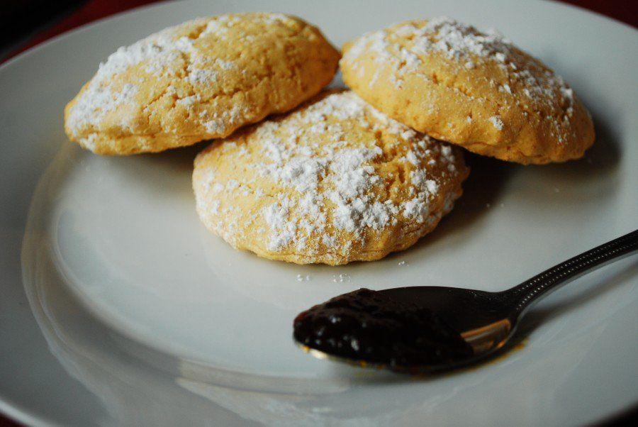 Biscotti marmellata e zucchero