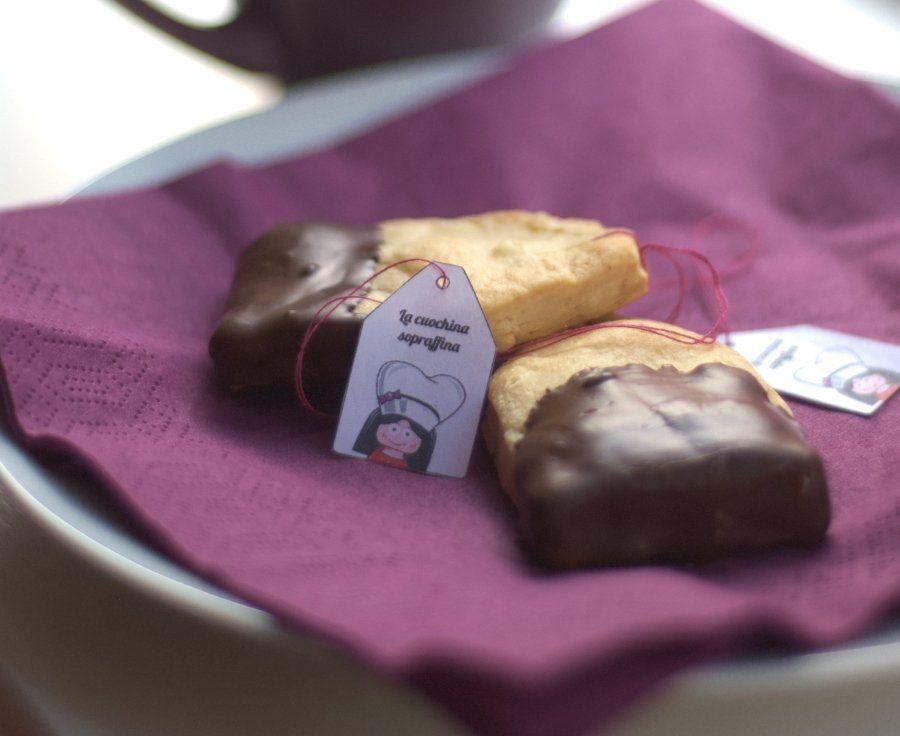 I biscottini a forma di bustina del tè