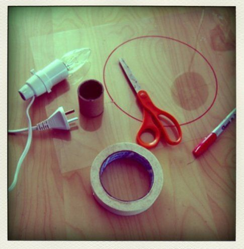 SPONGE LAMP materiali