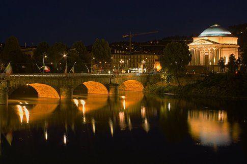 Torino di notte (foto di Alessandro Amé)