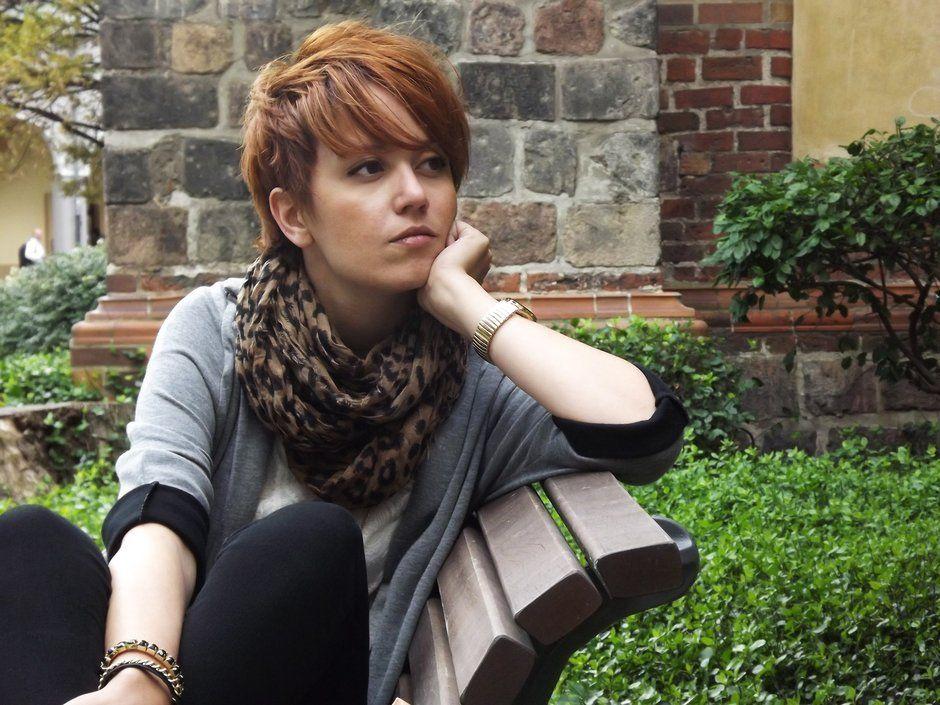 L'outfit della Ragazza dai capelli rossi: bigoconosciamola ...
