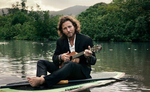 Eddie Vedder, placido sul fiume