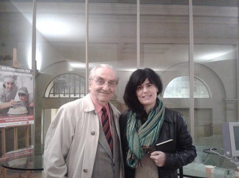 Il maestro Marchesi, io e dietro la scritta Bigodino una coppetta di gelato, vuota