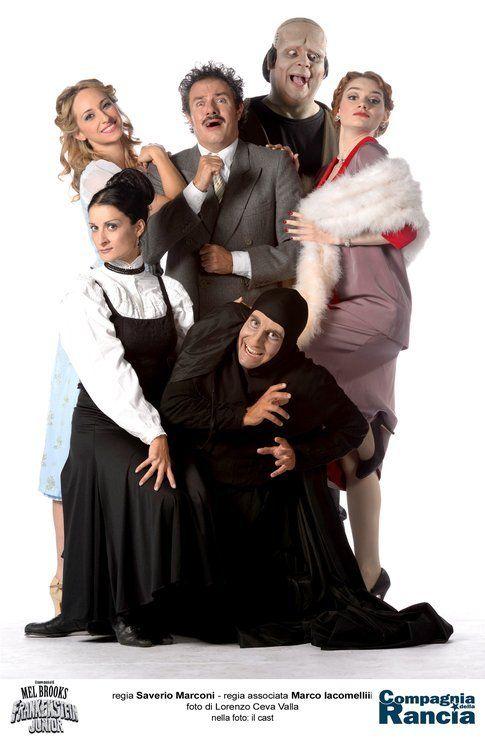 Il cast del musical italiano Frankenstein Junior