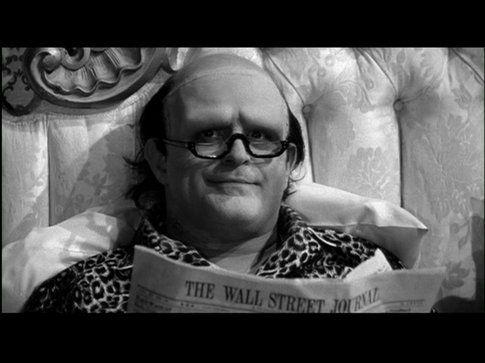 Il mostro di Frankenstein legge il Wall Street Journal