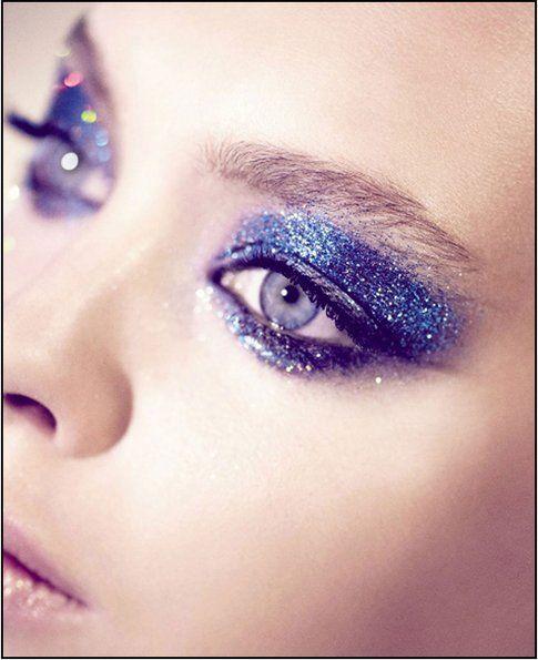 Glitter sugli occhi: un look importante!