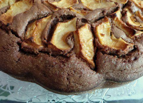 la torta alle mele con il cioccolato