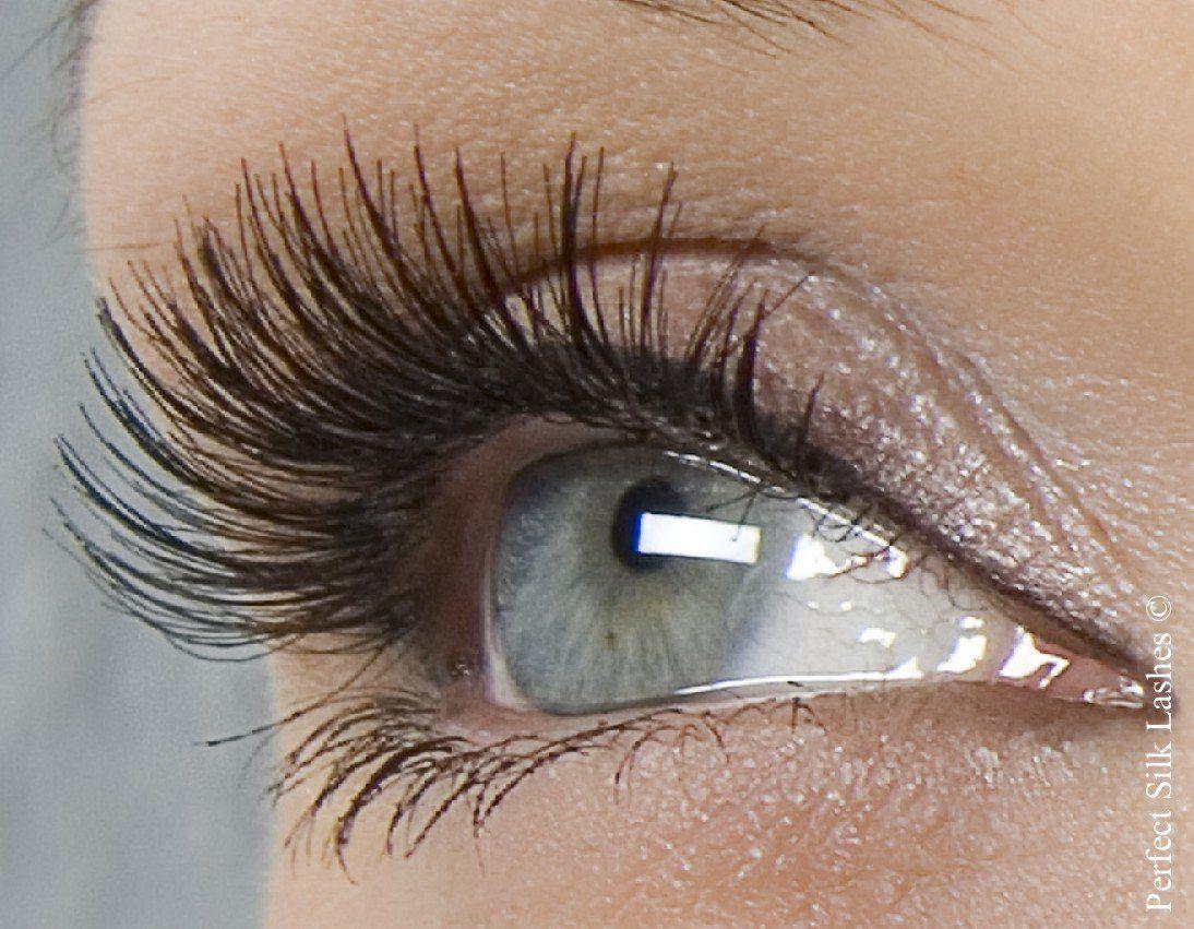 Prodotti beauty per la cura delle ciglia: direttamente dalle star