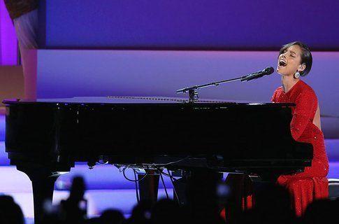 Alicia Keys - foto via Billboard.com