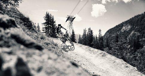 Flims è perfetta per il downhill in estate. Foto di bp.blogspot.com