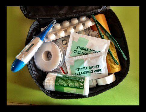 First Aid Kit - ph Simona Forti