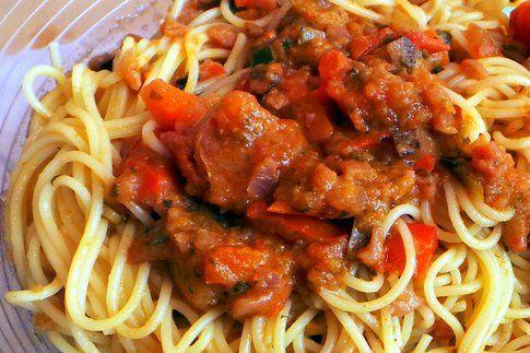dettaglio del piatto con il sugo di verdure