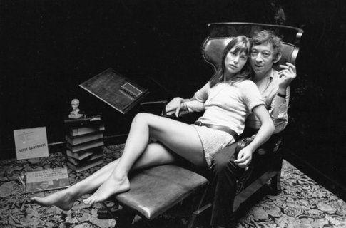 Jane Birkin e Serge Gainsbourg - foto via fashionguru.com.cn