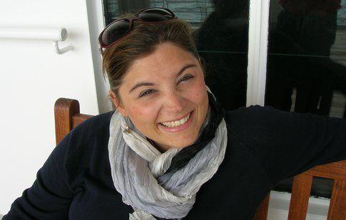 Laura super sorridente, l'autrice di @Bollipentolino