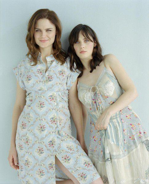 Emily e Zooey Deschanel - via Fanpage.com