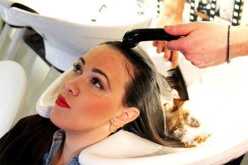 al risciaquo i capelli sono districati e morbidi