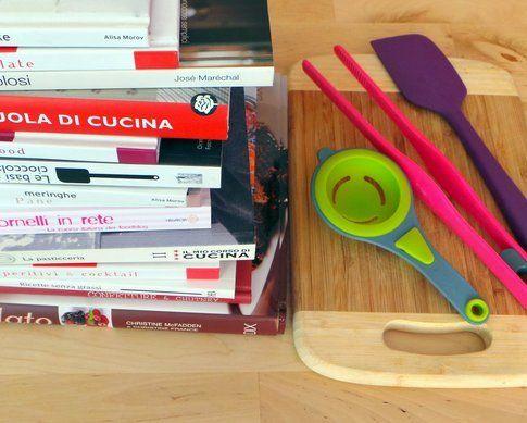 libri di cucina tra i fornelli (Immagine di Francesca Gonzales)