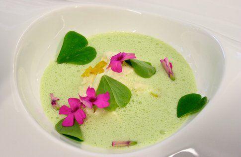 minestra con fiori di campo