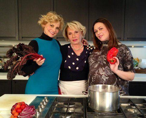 Le tre Ventura in cucina - foto Simona Ventura official fan page